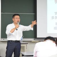 「移民の存在なくして成り立たない社会にすでになっている」と語る鳥井さん