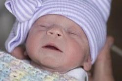 子宮を移植された女性から誕生した女児=クリーブランド・クリニックのホームページから