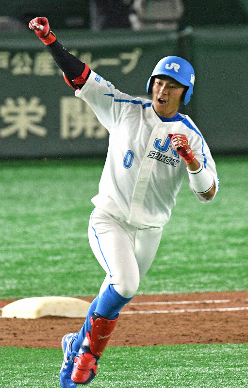JR四国・水野 高卒ルーキーが驚きの一発 - 毎日新聞