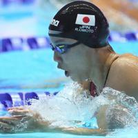 女子200メートル個人メドレー準決勝、全体5位で決勝に進出した大本里佳の平泳ぎ=韓国・光州で2019年7月21日、宮武祐希撮影