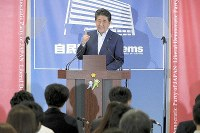 Prime Minister Shinzo Abe speaks in a news conference on July 22, 2019, the day after the House of Councillors election, at the Liberal Democratic Party's headquarters. (Mainichi/Masahiro Kawata)