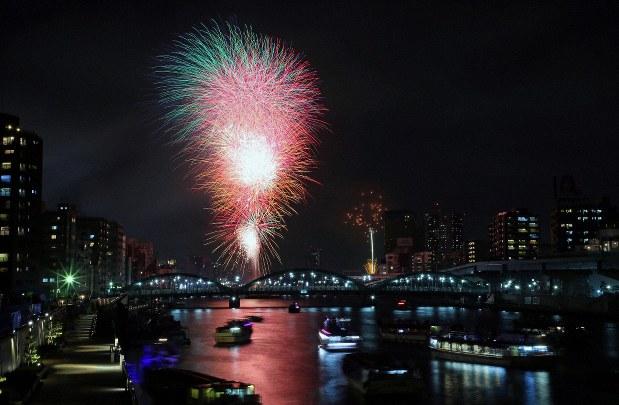 「隅田川花火大会」の画像検索結果