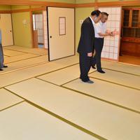 畳が新調された1階和室=広島県三原市船木コミュニティセンターで、渕脇直樹撮影