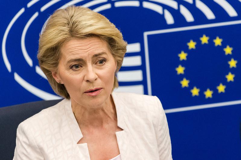 今秋には欧州委員会委員長を始め、EU機関トップ人事の入れ替えも控えている(フォンデアライエン次期欧州委員長)(Bloomberg).jpg