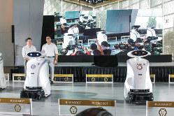 量産体制に入った新型清掃ロボットがお目見え(筆者撮影)
