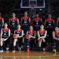 【日本―ニュージーランド】ニュージーランド戦に臨むバスケットボール日本代表の選手たち=千葉ポートアリーナで2019年8月12日、梅村直承撮影