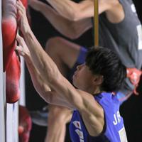 スピード男子予選、32位となり予選敗退となった原田海=東京・エスフォルタアリーナ八王子で2019年8月17日、宮武祐希撮影