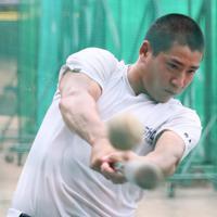 打撃練習をする明石商の来田=兵庫県明石市で2019年8月19日、幾島健太郎撮影