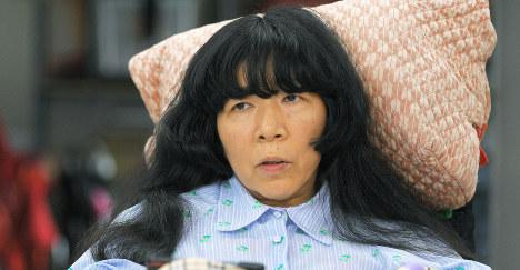 インタビューに答えるれいわ新選組の木村英子参院議員=東京都多摩市で2019年8月14日、手塚耕一郎撮影