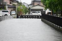 A flooded area is seen in the city of Saga in the northern Kyushu region on Aug. 28, 2019. (Mainichi/Osamu Sukagawa)