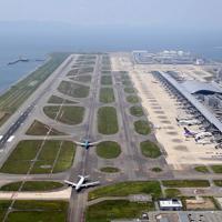 現在の様子=関西国際空港で2019年8月、本社ヘリから幾島健太郎撮影