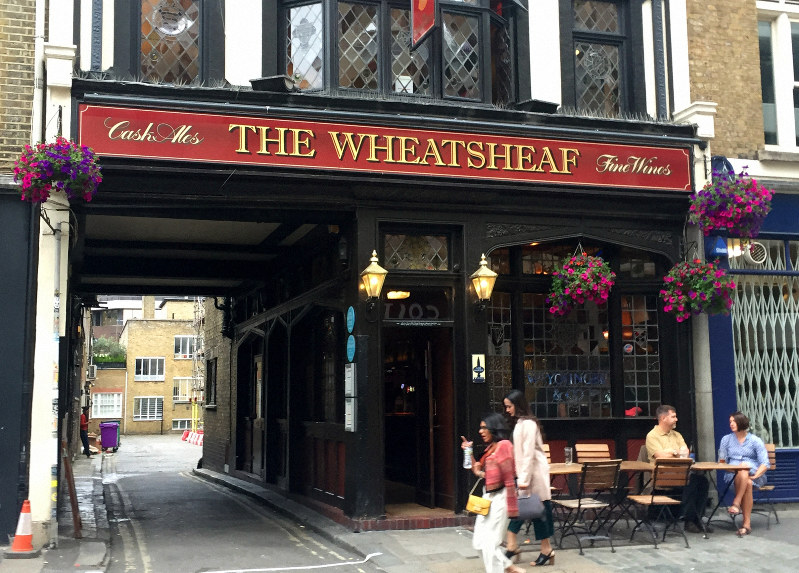 London literary pub' tour brings writers and writing home