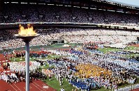 1988 Seoul Olympics -- The opening ceremony is spectacularly carried out in front of 70,000 spectators. A total of 160 nations and regions participated in the global event as both capitalist and communist countries gathered for the first time in 12 years.