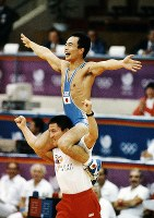 1988 Seoul Olympics -- This photo shows Japan's Takashi Kobayashi, who won the gold medal in the 48-kilogram division of the men's freestyle wrestling.