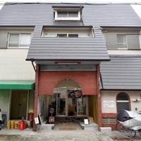 銭湯の外観を残した「上方ビール」=大阪市東淀川区で、山田尚弘撮影