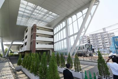 整備工事が完了してからまもなく1年になり、報道公開された「祈りの杜」=兵庫県尼崎市で2019年9月11日午後0時27分、加古信志撮影