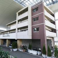整備工事が完了してからまもなく1年になり、報道公開された「祈りの杜」=兵庫県尼崎市で2019年9月11日午後0時34分、加古信志撮影