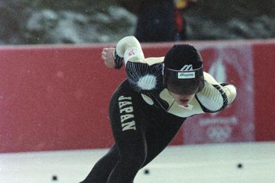 1992年アルベールビル五輪スピードスケート女子1500メートルで銅メダルを獲得=渡部聡撮影