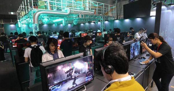 東京ゲームショウ開幕、「5G」「クラウド」で競争激化