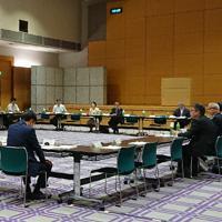 11日にあった総務省の有識者会議=東京都千代田区で2019年9月11日、屋代尚則撮影
