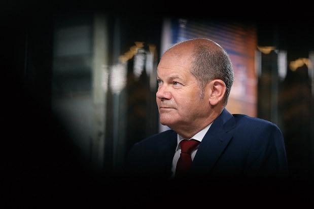 ドイツのショルツ財務相は経済危機でも「数十億ユーロ」を注入することで対処可能と独議会で説明している(Bloomberg)