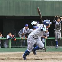【関東代表】東京ガス(2大会ぶり10回目)写真はサヨナラの中前適時打を放った東京ガスの建部