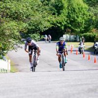 2位争いのスプリントは中里仁(Rapha Cycling Club)が制した=JBCF提供