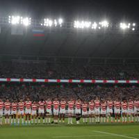 ラグビーW杯の開幕戦で整列する日本の選手たち=東京・味の素スタジアムで2019年9月20日、長谷川直亮撮影