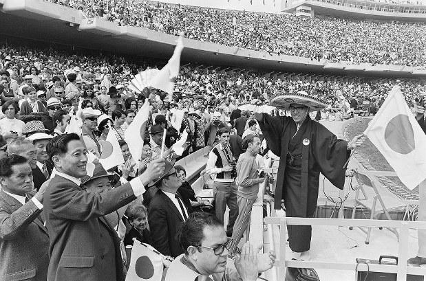 eye:五輪とその時代 1968年メキシコ サッカー日本初メダル ...