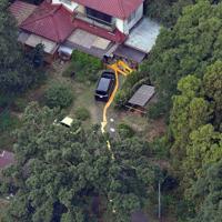 夫婦が死亡しているのが見つかった住宅=茨城県境町で2019年9月23日午後0時31分、本社ヘリから北山夏帆撮影