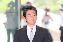 環境相に就任が内定し、首相官邸に入る小泉進次郎氏=首相官邸で2019年9月11日、長谷川直亮撮影