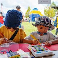 会場内には子どもたちが遊べるスペースも=岐阜県中津川市で2018年9月(ワイズコネクション提供)