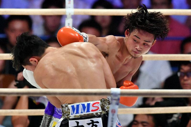 京口が久田に判定勝ち 2度目の防衛に成功 WBAライトフライ級 | 毎日新聞