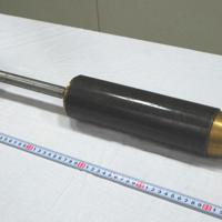 警視庁が製作し、公開した飛翔弾の模造品=東京都千代田区の警視庁本部で2019年10月2日午前9時20分、千脇康平撮影