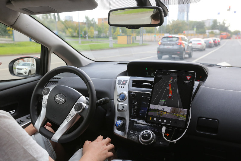 自動運転で従来の保険の概念が変わる(Bloomberg)