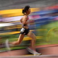 女子5000メートル予選、1組6着の田中希実=カタール・ドーハで2019年10月2日、久保玲撮影
