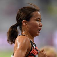 女子5000メートル予選、2組13着の木村友香=カタール・ドーハで2019年10月2日、久保玲撮影