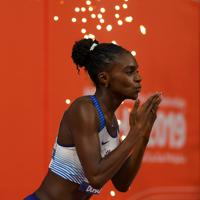 女子200メートル決勝に臨むディナ・アッシャースミス=カタール・ドーハで2019年10月2日、久保玲撮影