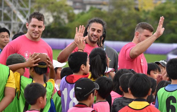 ラグビーW杯ウェールズが小学生教室開催 キャンプ地の大津市で