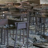東日本大震災の火災の跡が残る旧門脇小の教室=宮城県石巻市で2019年10月9日午後1時16分、和田大典撮影