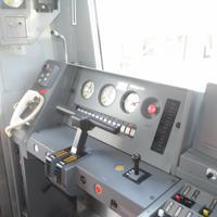 京成電鉄の新型車両「3100形」の運転席=千葉県酒々井町で2019年10月10日午前11時23分、中村宰和撮影