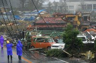 Destruction wrought by strong winds from a suspected tornado that occurred while Typhoon Hagibis approached Japan is seen in Ichihara, Chiba Prefecture, on Oct. 12, 2019. (Mainichi/Koichiro Tezuka)
