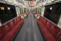A Tokyo Metro subway train is seen virtually empty as people refrain from traveling as a result of Typhoon Hagibis, in Tokyo's Chiyoda Ward on Oct. 12, 2019. (Mainichi/Hiroshi Maruyama)