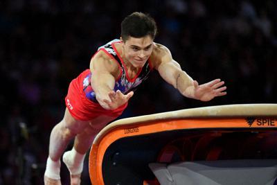 男子種目別決勝、跳馬で優勝したロシアのナゴルニーの1回目=宮間俊樹撮影