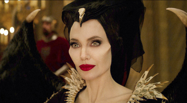 Film Maleficent Mistress Of Evil Claims No 1 Over
