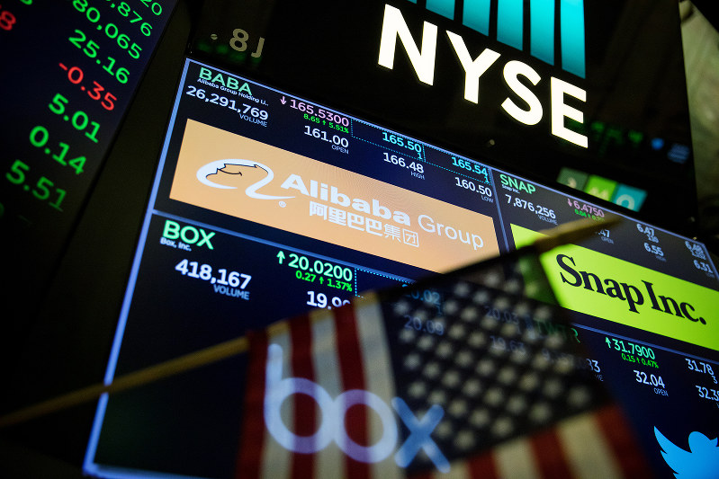 中国業への投資制限は賢明な方策か、類を見ない惨事になるか Bloomberg