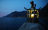 A replica of a lookout lamp in the town of Setana, Hokkaido, is seen on the night of Oct. 2, 2019. Today, an LED light is used instead of an actual flame. (Mainichi/Taichi Kaizuka)