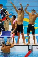 2012 London Olympics -- The Japanese swimming team finishes in second place in a time of 3 minutes, 31.26 seconds in the men's 400-meter medley relay. From right, Kosuke Kitajima, Takeshi Matsuda, Ryosuke Irie and Takuro Fujii are seen. (Mainichi/Tsuyoshi Morita)