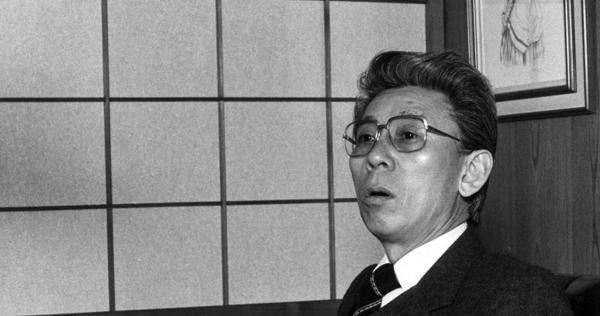東北新社創業者 植村伴次郎さん死去、90歳 - 毎日新聞
