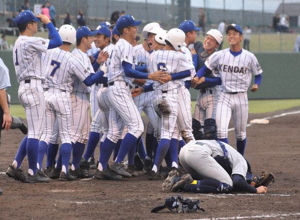高校 秋季 野球 関東